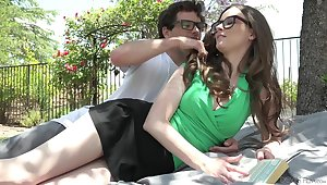 Nerd lady's man fucks girlfriend Jay Taylor on the lawn in skit of the house