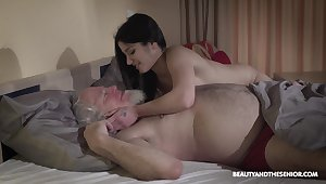 Young wifey Emily Brix is craving for sex with old husband early in a difficulty morning