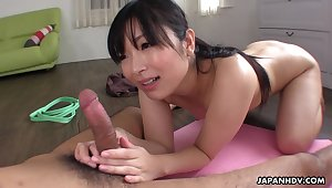 Sporty Japanese hottie Hina Maeda is poked foreigner behind in the gym