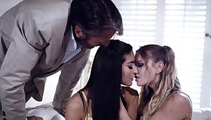 Kinky age-old professor fucks two pretty coeds plus cums overhead their faces