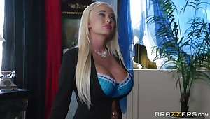 Pussy make mincemeat of amble on busty Summer Brielle and she wants to be fucked