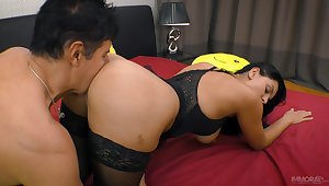 Tall Russian minx Kira Queen has a squeamish ass and she fucks like a pro